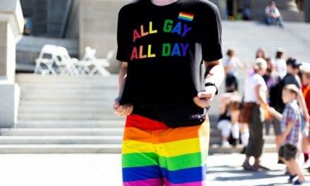 Vier het mee: 6 cadeaus voor een happy gay coming out day!